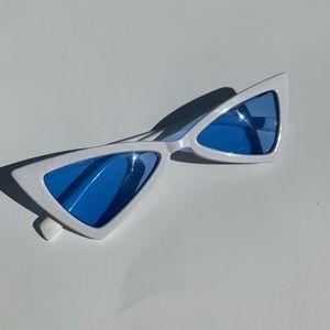 Trendy Asymmetrical Blue Tinted Sunglasses